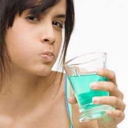 Уход за полостью рта после удаления зуба.